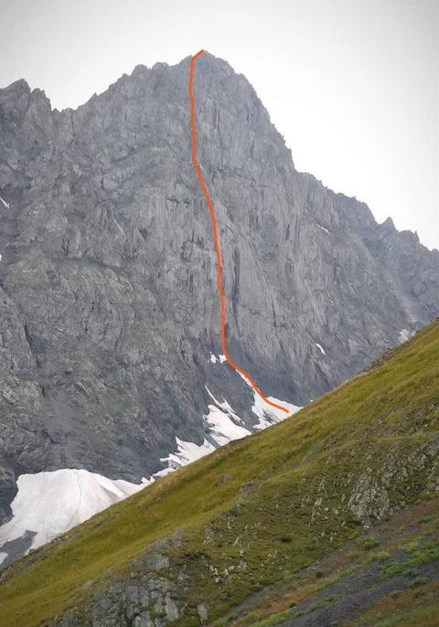 Українські альпіністи здійснили технічне надскладне сходження у Грузії